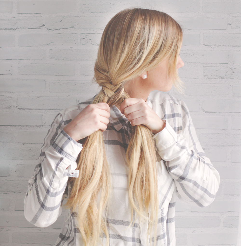 Kassinka-how-to-fishtail-braid