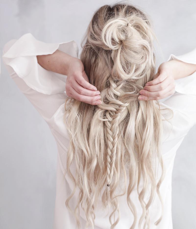kassinka-top-knot-with-braid